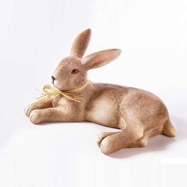 Poly Hase liegend in Braun- / Gremefarbig